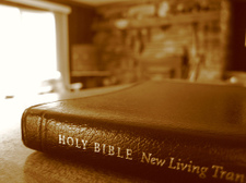 Bible_and_coffee_cup