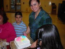 Cake_decorating_irma