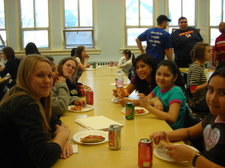 Group_lunch_2